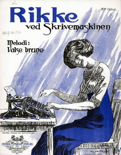 Rikke ved skrivemaskinen. Eksempel på en af de moderne piger